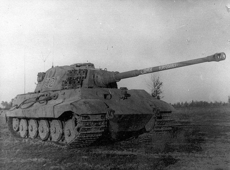 3871f447b63baffb3ecd015a27c42d9d--tiger-ii-ww-tanks
