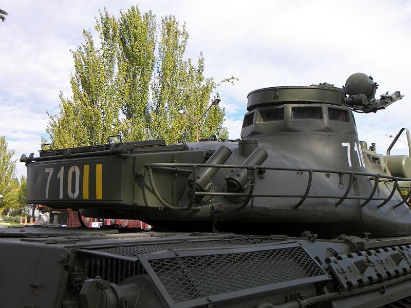 800px-AMX30_bustle-min