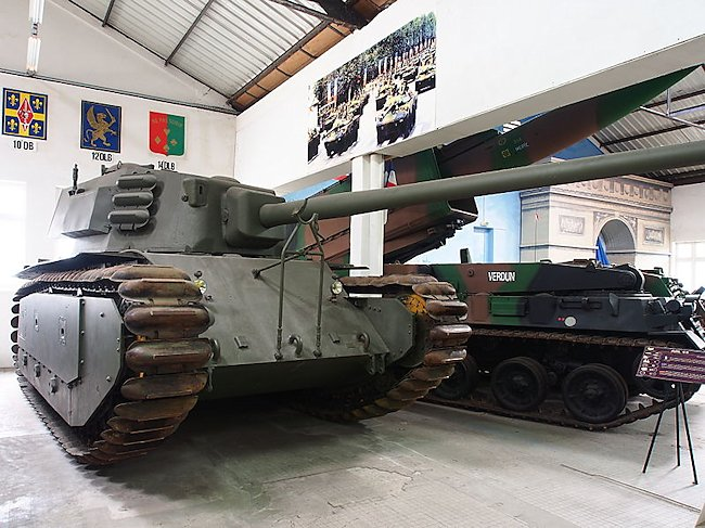 arl44-french-tank-museum-min
