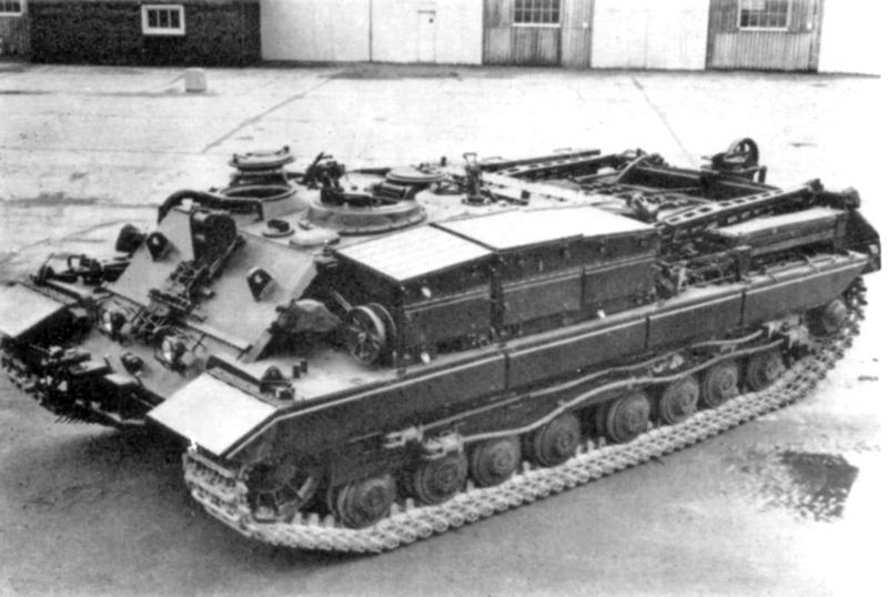 Conqueror_ARV2_(FV222)_Tank
