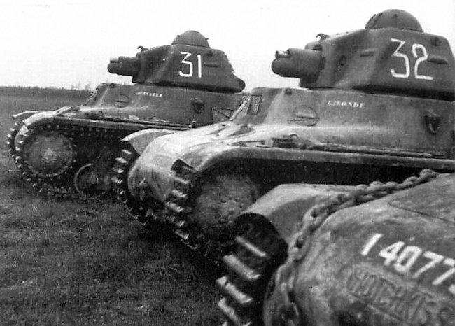 hotchkiss-h39-tank-32-min