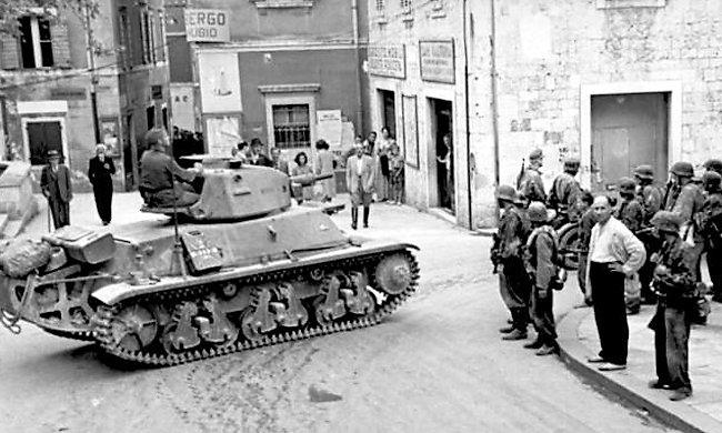 Hotchkiss-h39-tank-yugoslavia-min