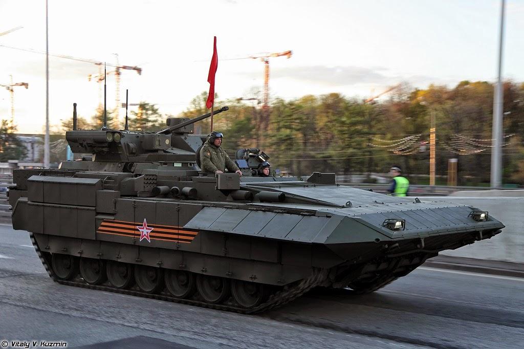 2015-05-09_Armata-02_T15_Vitaly Kuzmin_4mayrehearsal_02