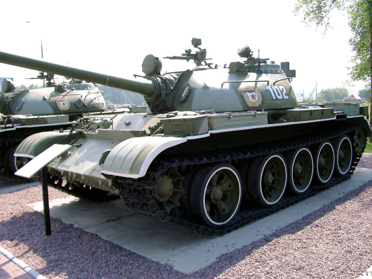 t-54b_002_of_195