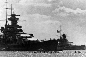 A Scharnhorst és a Gneisenau egymás mellett.